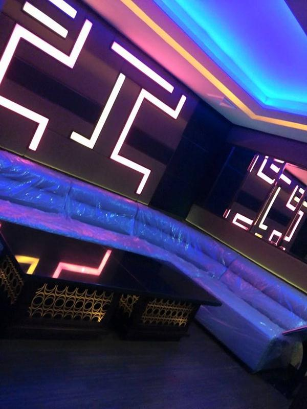 Karaoke Room Design Ideas: Satellite Karaoke